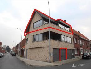 Instapklaar appartement met 1 slaapkamer, garage en terrasEr zijn slechts 2 appartementen in deze residentie!Indeling: inkomhal (2,5m²) met apart