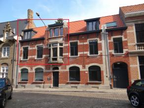 Ruime en modern duplex 2 slaapkamer apartement met terras achteraan. GEEN syndickosten! Onmiddellijk vrij!
