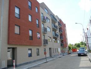 Nieuwbouw appartement met garage te huur te Roeselare in de buurt van vernieuwd station. Alles geschilderd en instap klaar.