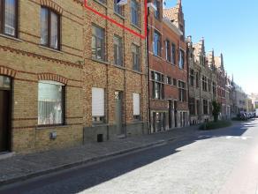 Centrum Ieper: Volledig vernieuwd duplexappartement met 2 slaapkamers