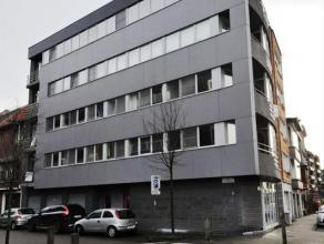 Dit appartement is gelegen aan de Visserij, nabij Portus Ganda. Het appartement bevindt zich op de 3e verdieping en is ingedeeld als volgt: inkom, 2 s