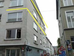 Ruim appartement met veel lichtinval, overal daglicht en ramen 130 m² - Met grote garagebox (- 36 m² in combinatie met appartement 50 EUR) -