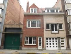Comfortabele en degelijke woning met 3 slaapkamers in het centrum van de stad nabij de Vlaanderenstraat en Brabantdam.