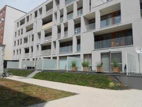Gent Centrum nieuwbouw appartement met 1 slpk. en GARAGE Niet voor studenten.... Instap klaar appartement op de tweede verdieping , rustig gelegen in