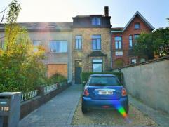 Prachtige woning met karaktervolle charmegevel in een topstraat (waterstraat)voorzien van alle moderne luxe (oa 16 zonnepanelen = gratis stroom + opbr