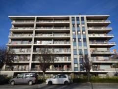 Zonovergoten klassevol appartement voorzien van een uniek volledig zuid zongericht terras (13m²) met overweldigend uitzonderlijk open uitzicht ov