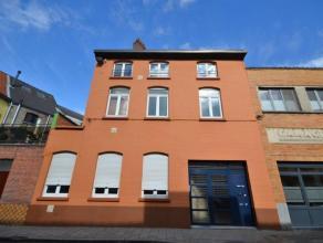 """Drie prachtige gezellige appartementen zijn mooi verenigd in één opbrengst gebouw aan de """"Jean Bethunestraat 47-49-51"""" een rustige toffe"""