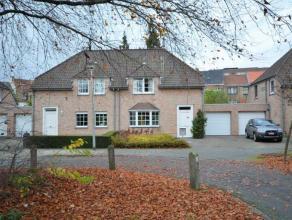 """Romantische Engelse cottage woning met een warme en gezellige uitstraling op een unieke Gentse toplocatie """"Johannes Hartmannlaan"""" in een zeer rustige"""