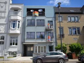 Zeer exclusief luxueus lichtvol klasse appartement (112m²) met riant relax en barbecue terras (42m²) gelegen op de eerste verdieping in een