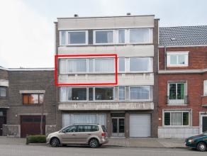 Leuk appartement op de tweede verdieping van deze residentie te Sint-Amandsberg. Dit zonnig appartement wordt gekenmerkt door zijn openheid en lichtin