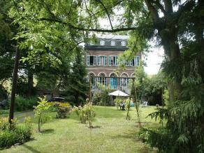 Entre Lige (15km) et Maastricht (20km) dans le Pays de Herve - jolie demeure XIXme de style Directoire ceint par un joli parc de 50ares. Pass le porta