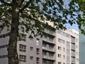 Agréable appartement au 3ème étage dun immeuble de 7 étages situé dans un quartier résidentiel, à pro