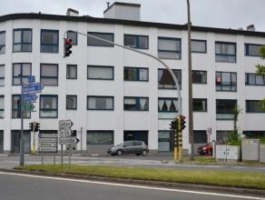 """Prima gelegen instapklaar appartement met lift en garage.Dit appartement is gelegen op de tweede verdieping in de residentie Hof ten Doorn"""" en o"""