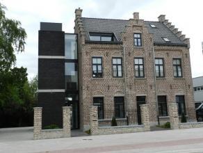 Prachtig gelijkvloers appartement gelegen in totaal gerenoveerd historisch pand de oude Pastorij van Kwatrecht.Dit appartement beschikt over een mooi