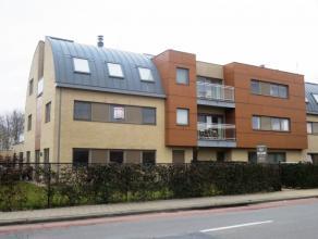 """Hertjen 152 bus 3 te Sint-Niklaas.Aan de rand van het centrum gelegen instapklaar (bj 2009) appartement (1e verd.) in residentie """"Hertjen"""" met inkomha"""