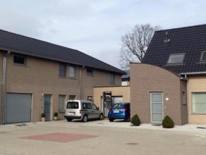 In woonerf gelegen nieuwbouwwoning met garage en privé-tuin op een oppervlakte van 486 m². Het project wordt gerealiseerd rond een centraa