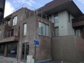 In centrum gelegen instapklaar (bemeubeld) nieuwbouwappartement met 2 slaapkamers en groot zonneterras!
