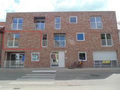 Instapklaar appartement op de eerste verdieping van een nieuw appartementsgebouw met lift te centrum Sint-Niklaas. Het bestaat uit een leefruimte met