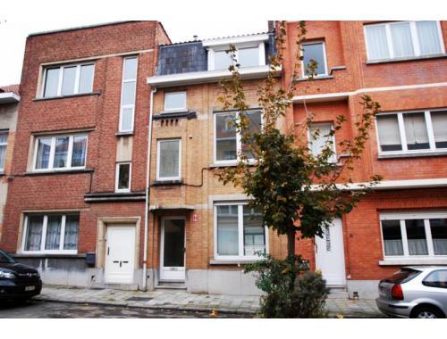 Maison louer woluwe saint lambert fdbko for Adresse maison communale woluwe saint lambert