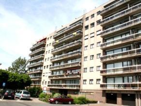 """Dendermonde, De Dammenlaan 188 bus 21. (gelegen op 6e verdieping) Residentie """"Erasmus"""", 6e verdieping type E6 (rechts-centraal).Zeer rustig gelegen ru"""