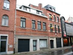 Dendermonde, Bogaerdstraat 28 bus 2 (1e verdieping).Centraal gelegen volledig gerenoveerd appartement met 1 slaapkamer en extra kamer/bureau met terra