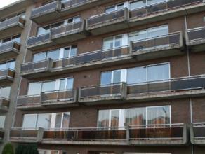 Dendermonde, Noordlaan 95 bus 12 (5e verdieping). Goed gelegen, ruim appartement met 2 slaapkamers.Het betreft hier een appartement in een standingvol