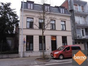 Op wandelafstand van het centrum Dendermonde en Sint Gillis, gelijkvloers appartement in herenhuisstijl met leefruimte, open en volledig ingerichte ke