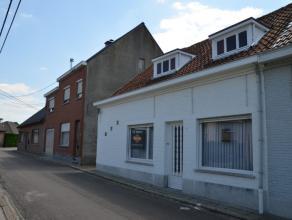 Volledig te renoveren woning met enkele schitterende troeven. Woning gelegen op een unieke locatie, op 100 meter van de Scheldedijk. Op enkele minuten
