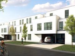 Appartement op 1ste verdieping omvattende hal, living, ingerichte keuken, ingerichte badkamer, 1 slaapkamer, berging. Mogelijkheid tot aankoop van sta