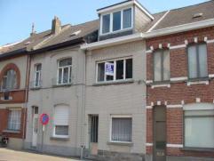 Te Sint-Gillis-Dendermonde : Op 5 min. van het station en stadscentrum ! Instapklare ééngezinswoning met tuin en 4 slaapkamers (1 op glv