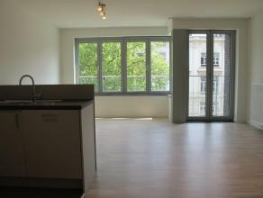 """Appartement 3.01 is gelegen op de derde verdieping van de nieuwbouwresidentie """"Residentie Belgiëlei"""". Het appartement omvat een inkomhall, afzond"""