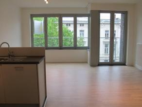 """Appartement 4.01 is gelegen op de vierde verdieping van de nieuwbouwresidentie """"Residentie Belgiëlei"""". Het appartement omvat een inkomhall, afzon"""