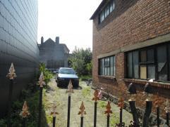 Twee te renoveren woningen met tuin enachteruitweg gelegen te Mariekerke Te koop Bornem , twee te renoveren woningen met tuin en achteruitweg. Te koop