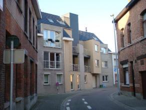 Beschrijving Gesloten bebouwing Dit modern nieuwbouwappartement is gesitueerd in een zijstraat van de Brusselsestraat.Op die manier on