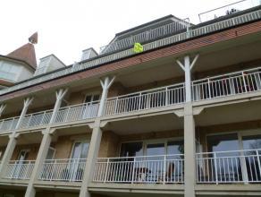 Dit appartement op de 3de verdieping omvat ruime leefruimte met veel lichtinval, ingerichte keuken, apart toilet, berging, badkamer met douche en wast
