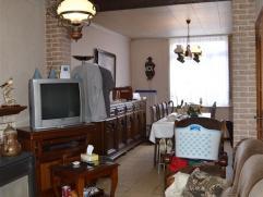 OPTIE! Te renoveren HOB op 5are66 te Lede! Deze rustig gelegen woning beschikt op het gelijkvloers over een inkomhal, living, eetplaats, keuken en bad