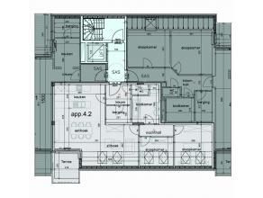 Het pand is op de 4e verdieping van de splinternieuwe residentie Milos gelegen in de Kattestraat, het commerciële centrum van Aalst, het gebouw i