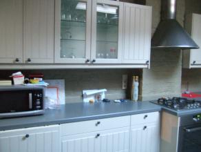 Geraardsbergen : Gentsestraat 188<br /> ruim instapklaar woonhuis met grote tuin <br /> indeling : gang - bureau - living met ingerichte keuken - be