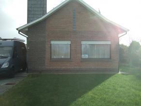 NIEUWE PRIJS !!!! euro 255000<br /> instapklare goed gelegen bungalow met garage en tuin gelegen op 8 a 35 ca , op wandelafstand van Provinciaal Dome