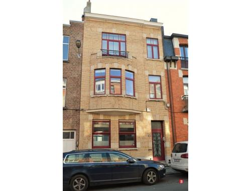 Maison vendre woluwe saint lambert ft7lb for Adresse maison communale woluwe saint lambert