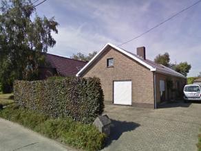 Goed onderhouden woonst op uitstekende locatie met blijvend panoramisch verzicht. Vlakbij centrum Oudenaarde. Vlotte verbinding met openbaar vervoer.