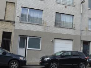 Een compleet gerenoveerde woonst (type 2 slaapkamers +) met garage,  gelegen aan de stadsrand van Gent laat u toe  vlot te navigeren naar elke  bestem