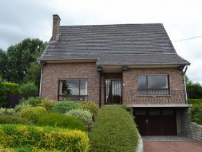 Prachtig gelegen perceel van 1800m² met groene achtertuin en weids vergezicht vooraan op de flanken van de Ronde van Vlaanderen, een bevoorrechte