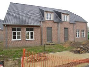 Nieuwbouwwoning (in opbouw ) HOB in rustige wijk te Olsene te koop voor:  318.414,69 (kosten inbegrepen). De woning bestaat uit een inkomhall, gastent