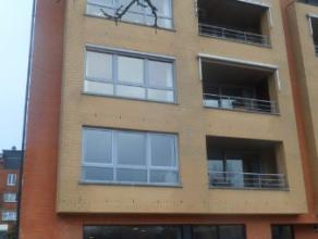 Appartement van 125m² opp, zeer goed gelegen, mooi terras, ruime living, ingerichte keuken, 2 badkamers, 3 slaapk, fietsenstalling, berging,insta