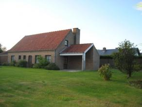 Ruime en charmante villa, 1136m² grondopp, 210m² beschikb, ruime living met OH, keuken, badk, 3 slaapk waarvan 2 met eigen douche, bureel, r