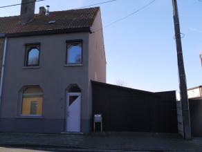 HOB op 280m², living, ingerichte keuken en badk, berging, 2 slaapkamers + 1 zolderkamer, tuin met terras, garage, woning in goede staat