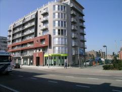 Deinze: garage dichtbij station, centrale ligging, afgesloten garage55 euro/m + 5 euro alg kosten