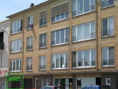 Autostaanplaats nr 9, volledig rechts van de inrit, in keldergarage van Residentie Den Briel. Automatische poort wordt nog in het voorjaar geïnst