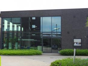 130m² (en 150m²) kantoorruimte (combineerbaar tot 280m²)<br /> Ligging: vlakbij stadsring en op wandelafstand van het Dampoort Station